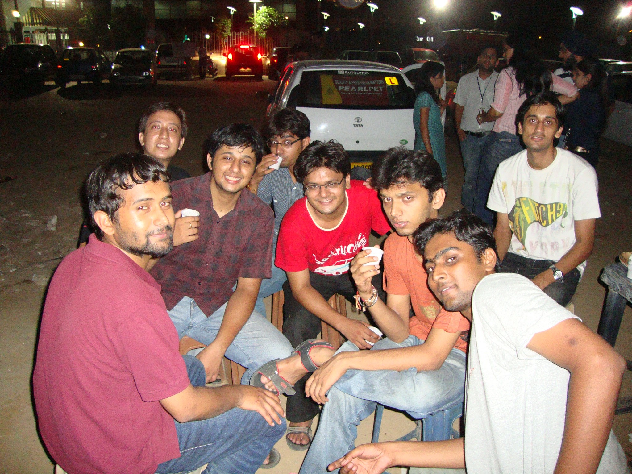 Vindhyachal House, IIT Delhi gang chilling at a Gurgaon Chai shop. Batch of (2005-2009/2010)